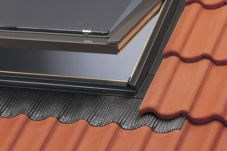 Pricing considerations for skylight flashings