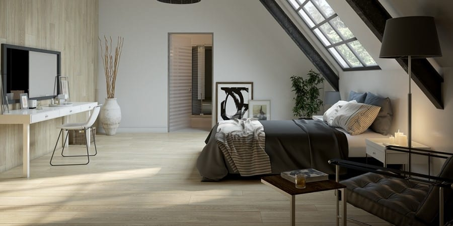 Private bedroom with ensuite, separate from the rest of the house